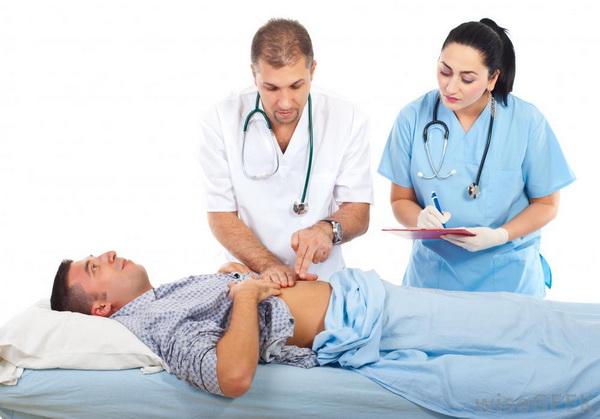 Диагностика пупковой грыжи у мужчин
