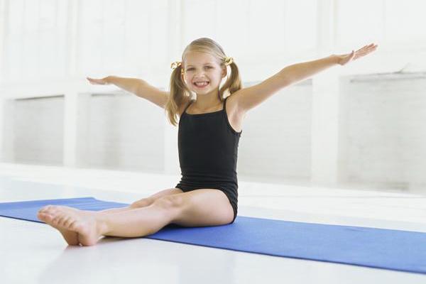 Детская гимнастика при сколиозе
