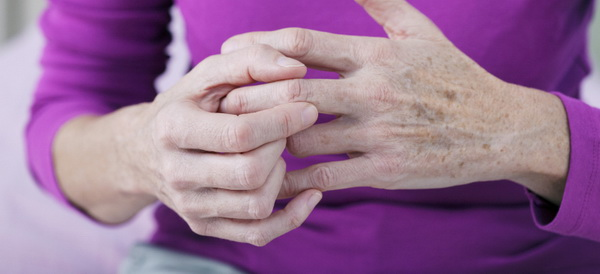 Аллергический артрит у взрослых и детей: причины, симптомы, лечение