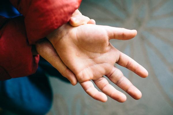 Что такое перелом пальца, лечение и реабилитация