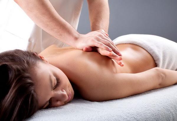 Особенности проведения массажа при сколиозе
