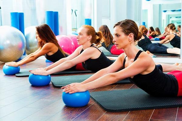 Зарядка при сколиозе: комплекс базовых упражнений
