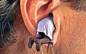 Серная пробка в ушах
